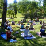 yoga-en-el-parque-posiciones