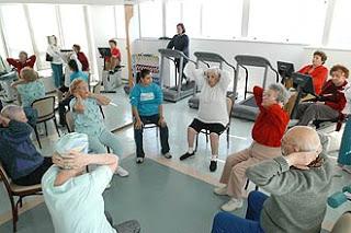 atividade física é um fator importante do tratamento do diabetes mellitus, e contribui para melhorar a qualidade de vida do portador de diabetes