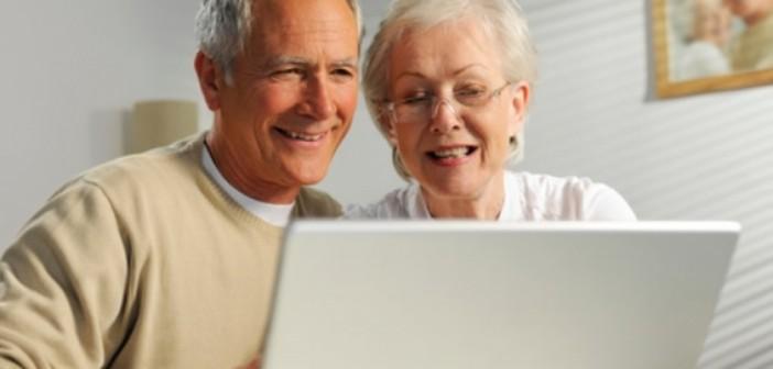 91% do público sênior realiza compras pela internet, diz pesquisa