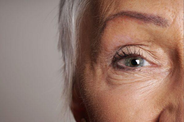 O problema do afastamento dos idosos da rotina familiar pode estar na visão 7083f105c5
